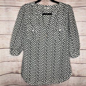 41 Hawthorne - Black & White Chevron Blouse
